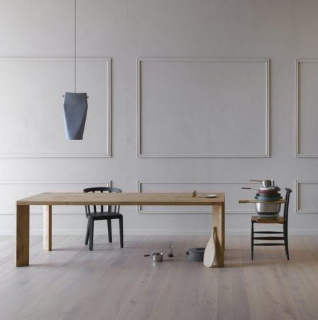 Manero Table Miniforms